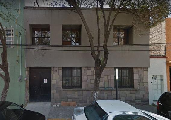 Casa En Venta En Venustiano Carraza. Remate Bancario.