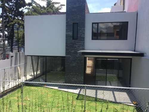 Casa En Venta En Lomas De Vistahermosa