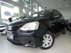 Toyota Etios X Sedan 1.5 16v Flex Mec.