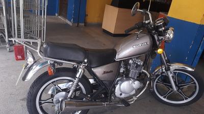 Suzuki Intruder Estradeira