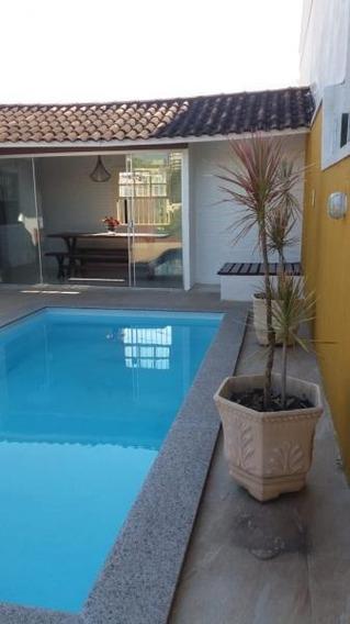 Casa Para Venda Em Volta Redonda, Jardim Normândia, 3 Dormitórios, 1 Suíte, 2 Banheiros, 2 Vagas - 063_2-381466