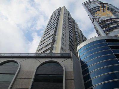 Locação De Estudante - Apartamento Mobiliado 2 Dormitórios, 1 Vaga Privativa, Na Avenida Central, Em Balneário Camboriú Por R$1.700,00 - Ap0353