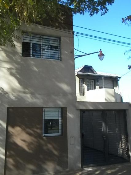 Duplex En Alquiler En La Plata. Calle 18 Esq. 32