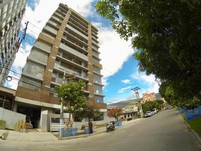 Apartamento En Venta En Cedro Narvaez Mls18-243 Rb