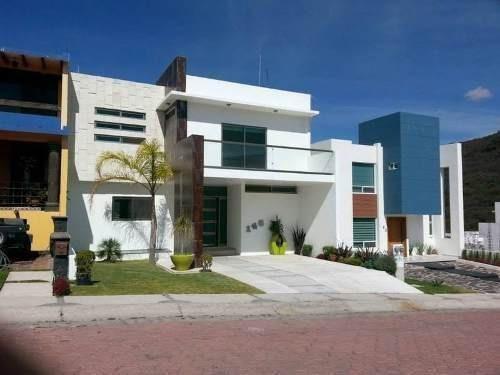 Preciosa Casa En Cumbres Del Cimatario, Bonita Ubicación