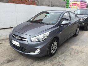 Hyundai Accent Full 1.4 2017 Único Dueño.