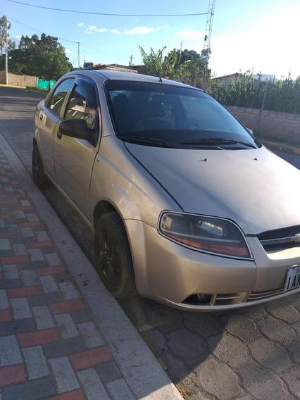 Chevrolet Aveo 1.4 Llantas Nuevas