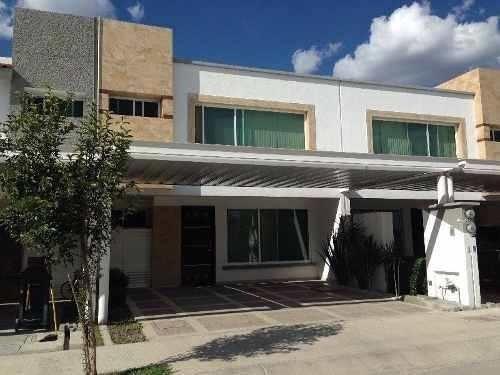 Venta Casa Leon Exclusiva Residencia Nueva 3 Recamaras Sala Tv 3 Baños