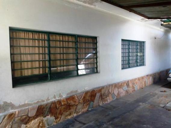 Venta De Casa En La Cooperativa, Zp 19-12260 (04126789620)