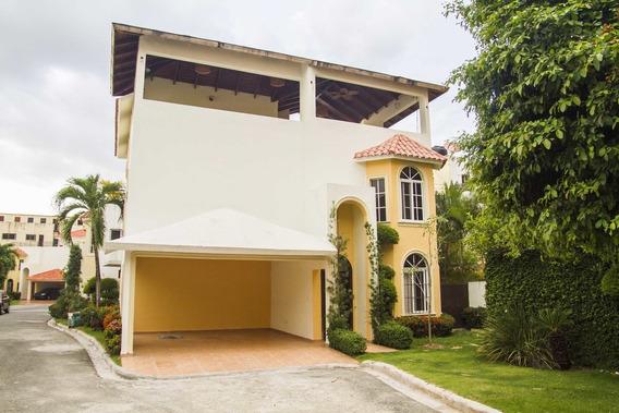 Casa Proyecto Cerrado 4 Habs Y 4 Parqueos En Colinas De Los Rios