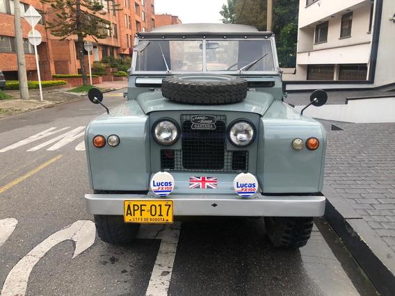 Land Rover Santana 68