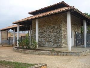 Terreno En Venta Guataparo Valencia Carabobo 20-5427 Rahv