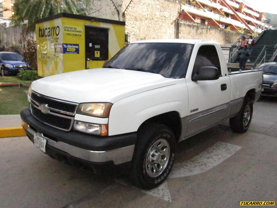 Chevrolet Silverado Pick- Up