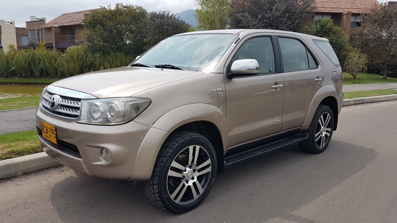Toyota Fortuner Urbana Automatica