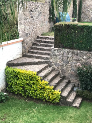Amplia Casa Colonial Mexicana En Colonias De Gran Jardin