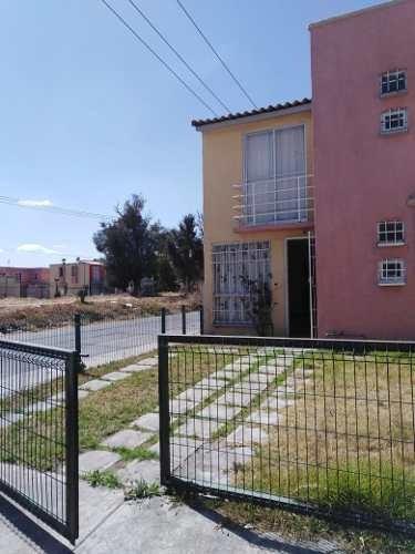 Casa En Venta En Nuevos Paseos De San Juan Zumpango A 15 Minutos Del Aisl