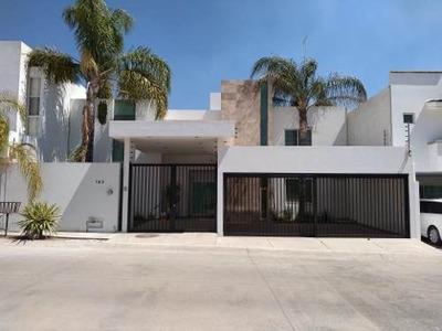 Casa En Venta En Cañada Del Refugio Lado Sur