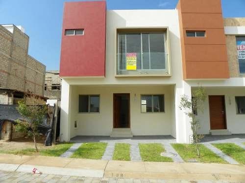 Casa En Vitana Residencial, Zapopan, Jal.