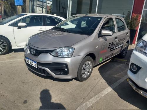 Toyota Etios 1.5 X 6mt My19 Mayo 2021
