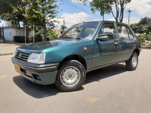 Peugeot 205 1996 1.1 Gri