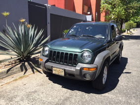 Impecable Jeep Liberty 4x4 Blindada 3+ Unico Dueño
