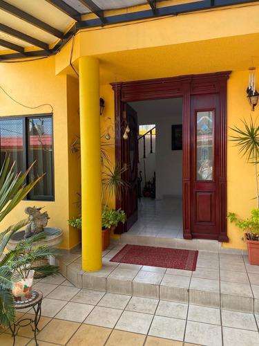 Imagen 1 de 29 de Magnífica Casa , Diseño, Luz, Acabados