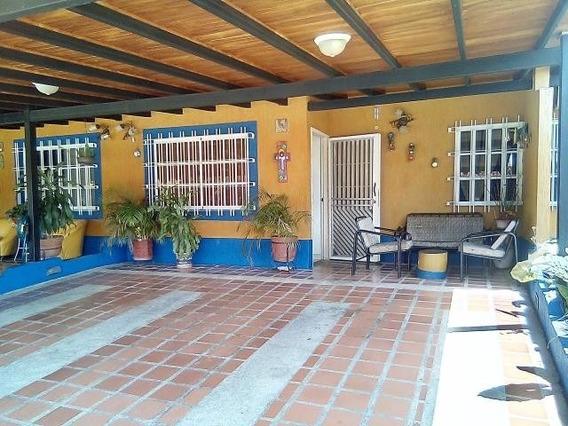 Casa En Venta Valle De Oro Pt 20-1461