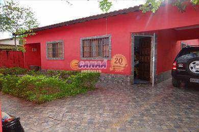 Casa Com 4 Dorms, Balneário Itaguai, Mongaguá - R$ 265 Mil, Cod: 3566 - V3566