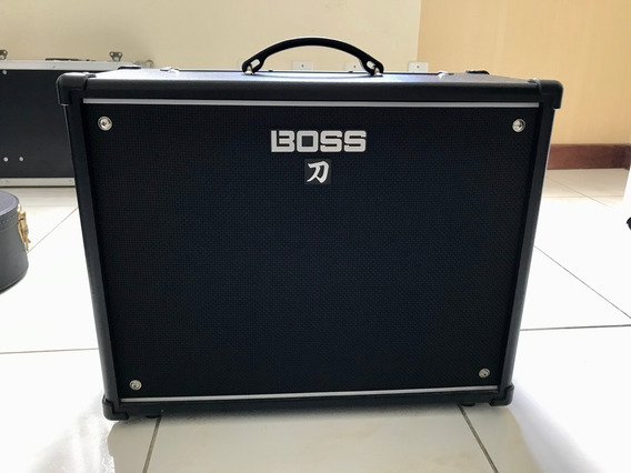 Amplificador Boss Katana 100 (com Foot Switch)