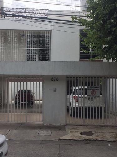 Oficina En Renta En Jardines Del Bosque.