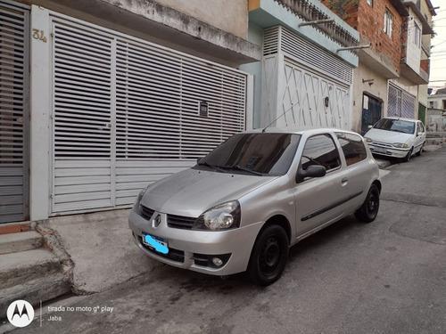 Imagem 1 de 9 de Renault Clio 2010 1.0 16v Campus Hi-flex 3p