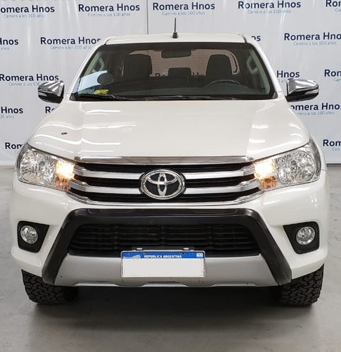 Imagen 1 de 7 de Toyota Hilux Srv 4x4 Manual Tandil