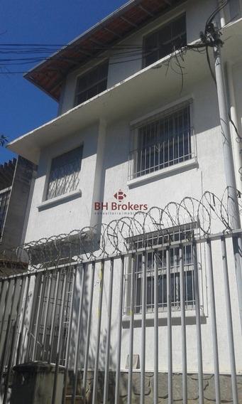 Excelente Casa Comercial Na Rua Guajajaras. - 6744