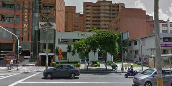Casa-local En Arriendo En Medellín, Laureles
