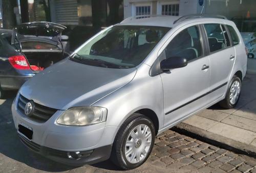 Volkswagen Suran Confortline 1.6