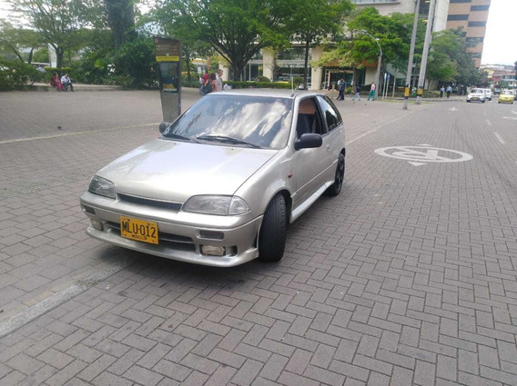 Chevrolet Swift Coupe 1.0