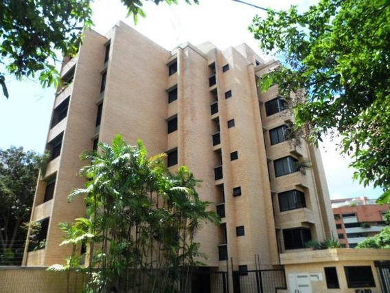 Cr Apartamentos En Ventas. Urb Campo Alegre Mls 20-16594
