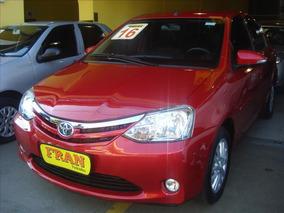 Toyota Etios Sedan Xls Motor 1.5 2016 Vermelho