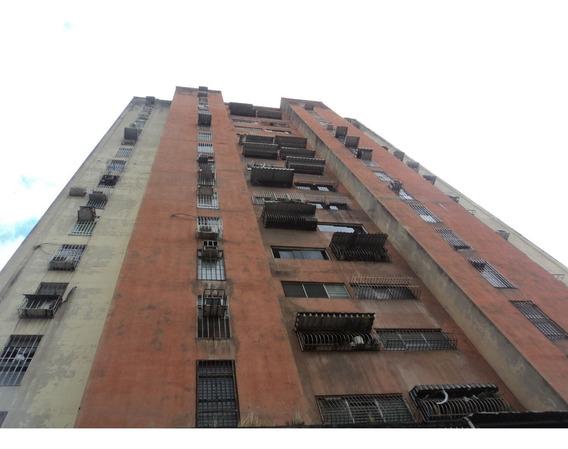 Apartamento En El Dentro De Maracay - Vanessa 04243219101