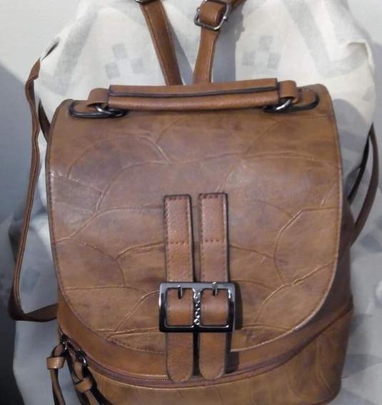 Mochila Bag Stage Color Suela Detalles Croco En Símil Cuero