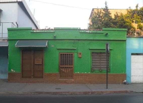 04243310308 Casa En Av Ppal De Los Jabillos