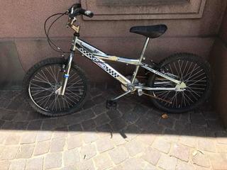 Bicicleta Olmo Plateada Niño. Rodado 20.