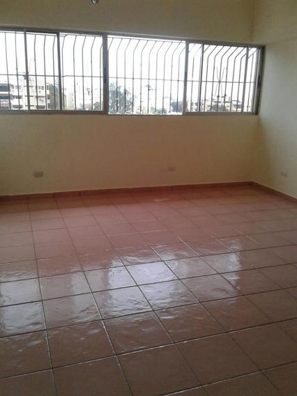 Gazcue, Ascensor, Alquiler Apartamento De 1 Hab Gas, Parqueo