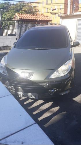 Peugeot 307 Sed. Presence 1.6 Flex 16v 4p