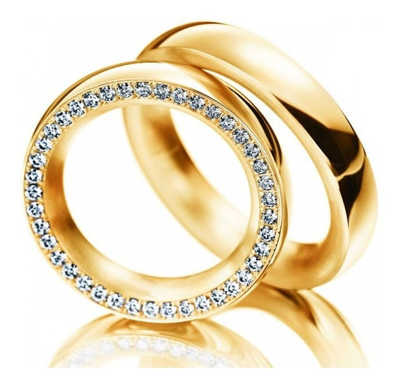 Par De Alianças Semi Arredondada Com Diamantes