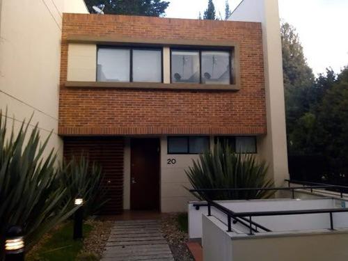 Casas En Venta Bosque De Pinos 815-820