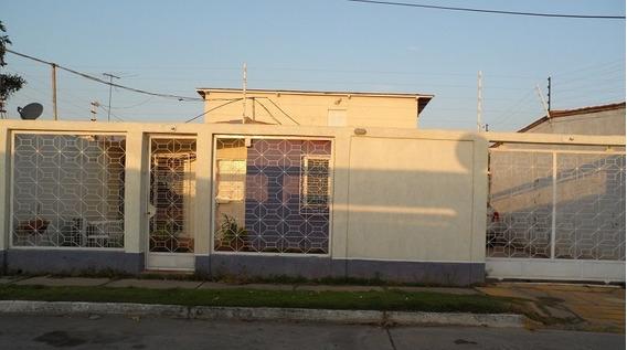 Casa En Venta En Barcelona Fundacion Mendoza