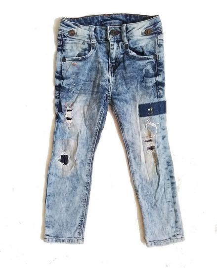 Jeans Zara Distressed Pint Splat Talla 5 Años