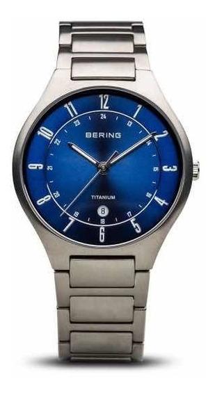 Relógio Bering Titanium 11739-707
