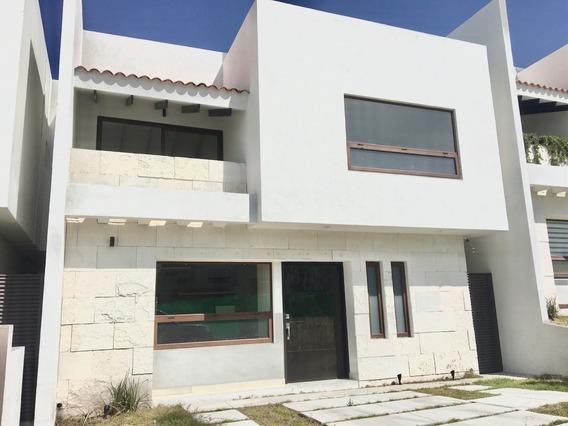 Casa En Renta Y Venta Altozano,querétaro